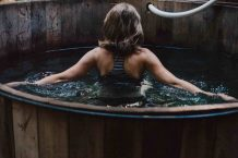 5 Hot Tub Brands To Avoid In 2020 { Never Choose These }